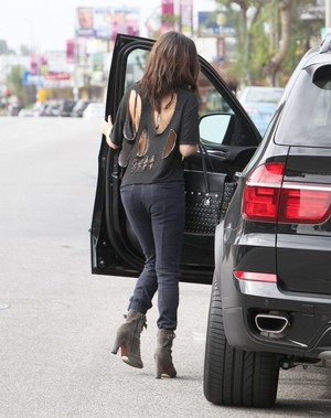 Selena out in Encino - January 26th