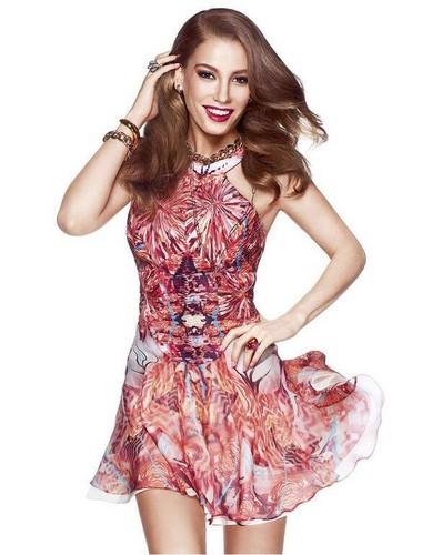 Serenay Sarikaya 바탕화면 possibly containing a 칵테일 dress titled Serenay Sarikaya ♥ 사진 Sessions ♥ Elle