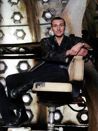 The Doctor and Rose wallpaper probably with an internal combustion engine entitled Ninth Doctor
