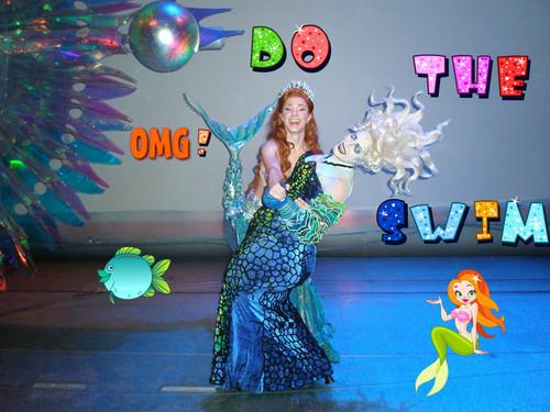 Disney Princess پیپر وال called The Little Mermaid on Broadway Backstage