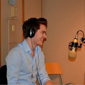 Vampire Academy cast on Breathe radio