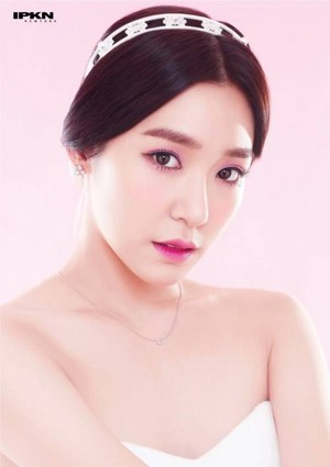 Girls' Generation's Tiffany is a rosado, rosa princess for 'IPKN'