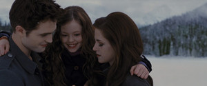 Bella Renesmee and Edww