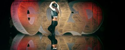 Victoria Justice - Gold - Music Video Screencaps