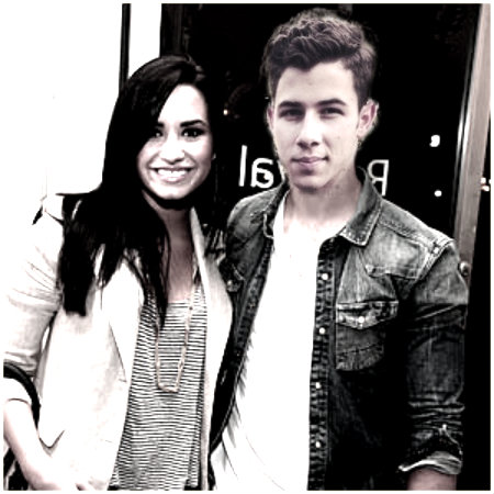 Jemi Обои possibly with a portrait entitled nemi so cute