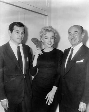 1/03/1956 The Warner Bros Key-marilyn monroe and milton greene