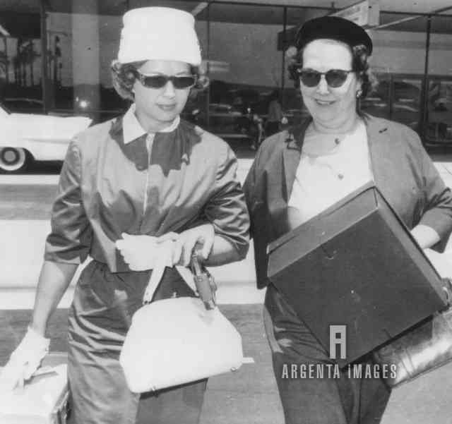 6/08/1962 Berniece Miracle with Inez Melson- funeral of Marilyn Monroe