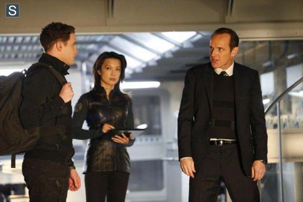 Agents of S.H.I.E.L.D - Episode 1.14 - T.A.H.I.T.I - Promo Pics