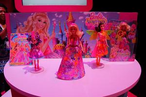 Barbie and the secret door Puppen and dvd
