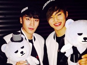 Seung Ri, and Dae Sung