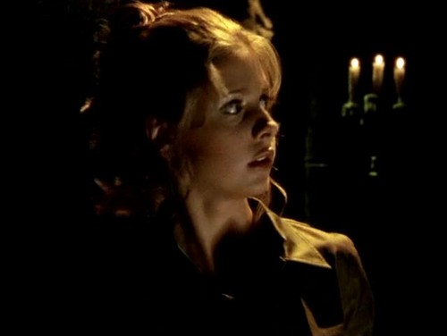 Buffy Summers hình nền probably with a portrait entitled Buffy Summers Screencaps