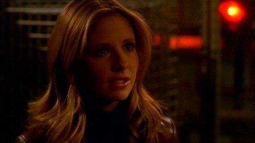 Buffy Summers karatasi la kupamba ukuta with a portrait titled Buffy Summers Screencaps