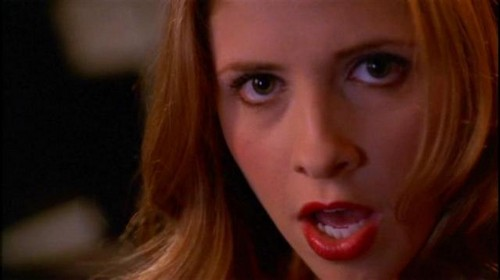 Buffy Summers hình nền with a portrait entitled Buffy Summers Screencaps