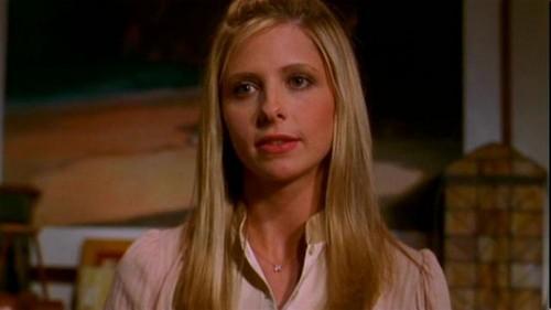 Buffy Summers karatasi la kupamba ukuta with a portrait called Buffy Summers Screencaps