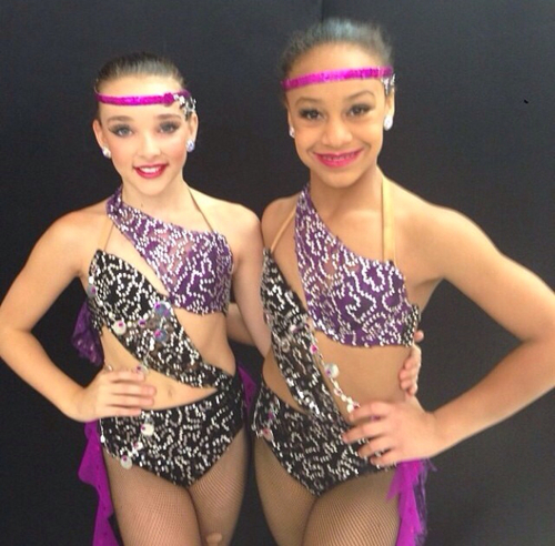 Dance Moms wallpaper titled Kendall and Nia