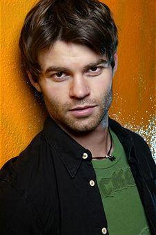 Daniel Gillies