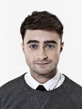 The Guardian Photoshoot. (Fb.com/DanielJacobRadcliffeFanClub)