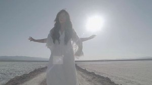 Demi Lovato - rascacielos - música Video Screencaps