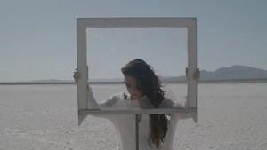 Demi Lovato - wolkenkrabber - muziek Video Screencaps