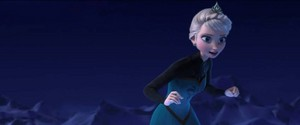 queen Elsa~ Let It Go