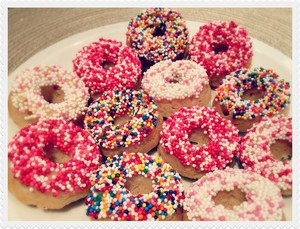 pink donuts------------- <3