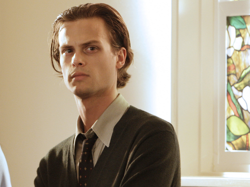 Dr. Spencer Reid wallpaper probably containing a business suit entitled Dr. Spencer Reid