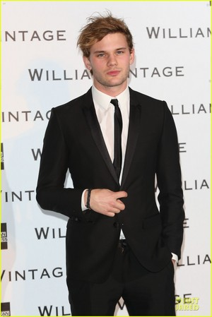 Jeremy Irvine (2/14/2014) going blonde for his role as Daniel