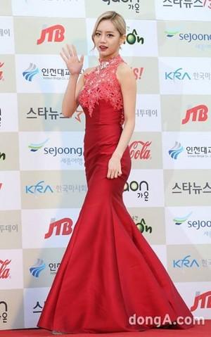 Hyeri - Gaon Chart Kpop Awards