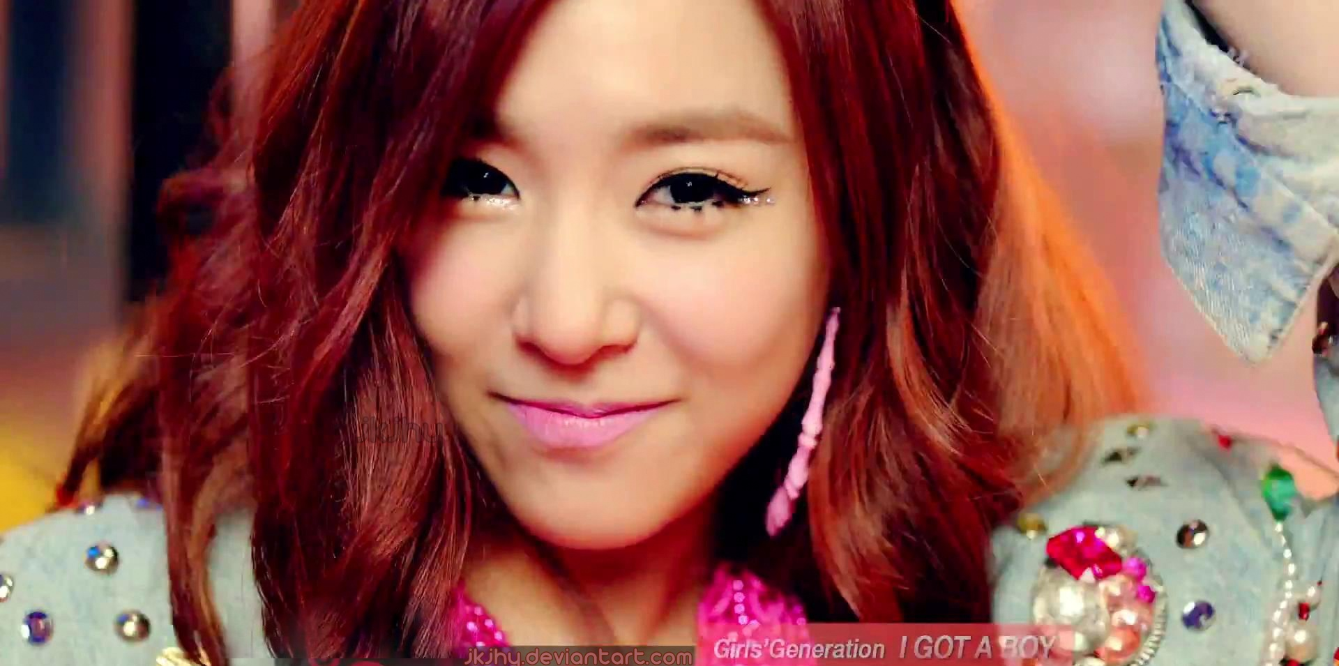 Tiffany snsd wallpaper iphone