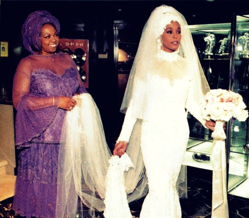 Have Fun! Wallpaper Titled Whitney Houston On Her Wedding Day Back In 1992