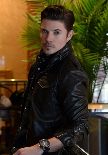 Josh Henderson karatasi la kupamba ukuta possibly with a hip boot entitled Josh Henderson at the Four Seasons Hotel Atlanta
