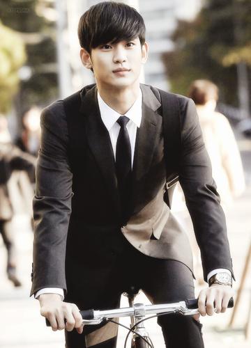 Kim SooHyun wallpaper containing a business suit titled Do Min Joon/Kim Soo Hyun