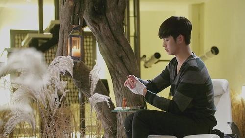 Kim SooHyun wallpaper with a fountain titled Kim Soo Hyun