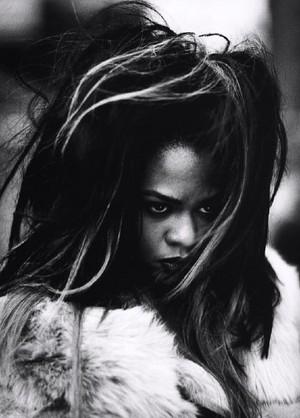 LIL' KIM - Queen OF RAP