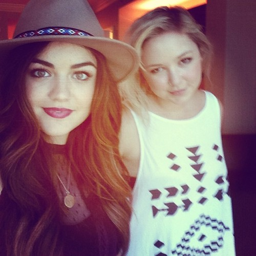 Lucy Hale fond d'écran probably with a jersey, a boater, and a fedora entitled Lucy's Instagram photos