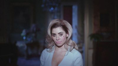 Marina And The Diamonds Primadonna Wallpaper