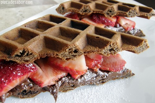Nutella Hintergrund probably with waffeln, a frosted layer cake, and a waffle iron titled waffless nutella-------------♥
