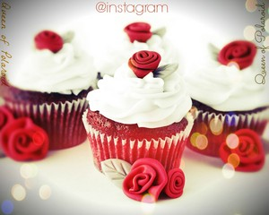 Rosy cupcakes