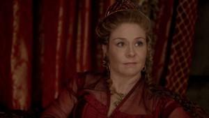 Queen Catherine Screencaps