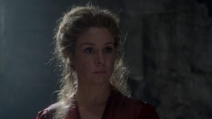 Queen Catherine Screencaps