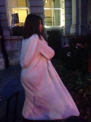 Selena in Luân Đôn (February 16)