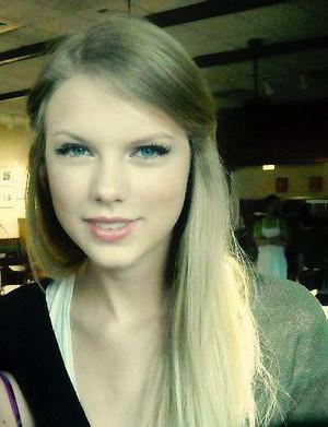 Taylor nhanh, swift Close-Up Image <3