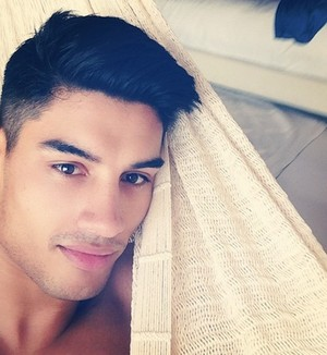 Siva SO HOT!