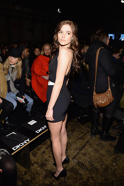 Zoey Deutch NY Fashion Week