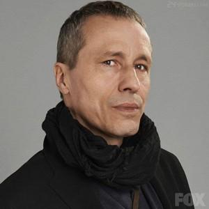 Michael Wincott as Adrian kruis - 24:LAD