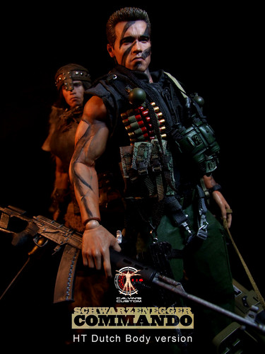 Arnold Schwarzenegger Hintergrund with a rifleman, a green beret, and a navy dichtung called Calvin's Custom one sixth scale Commando