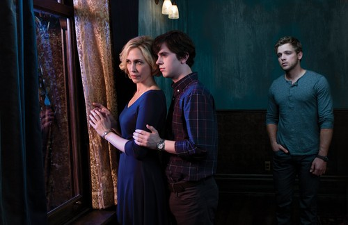 Bates Motel wallpaper probably containing a well dressed person and a street entitled Season 2 promotional photos