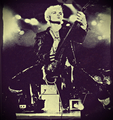 Billy Idol Live 1984 Wallpaper