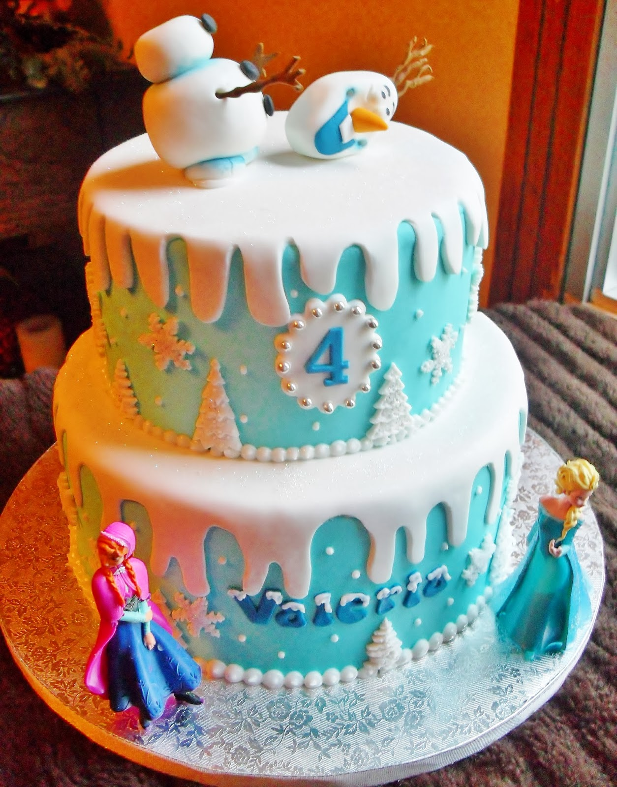 Frozen Cake - Cakes Photo (36769270) - Fanpop