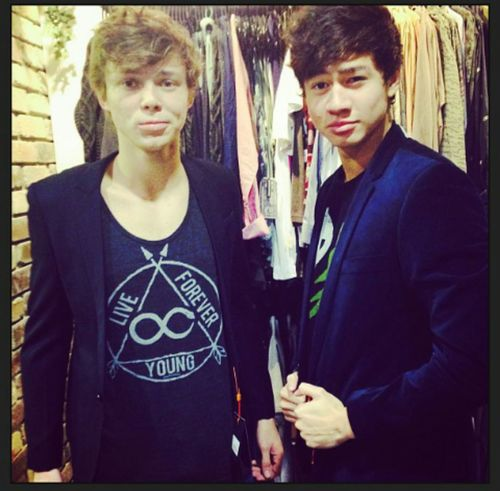5sos Calum And Ashton | www.pixshark.com - Images ...
